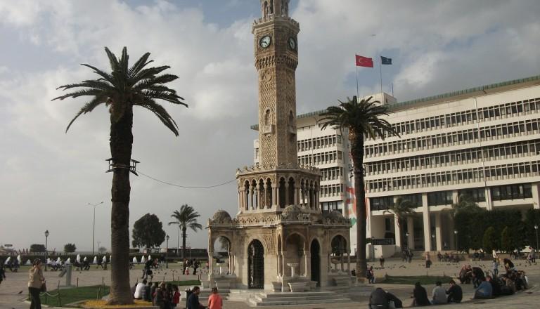 Izmir - Uhrturm